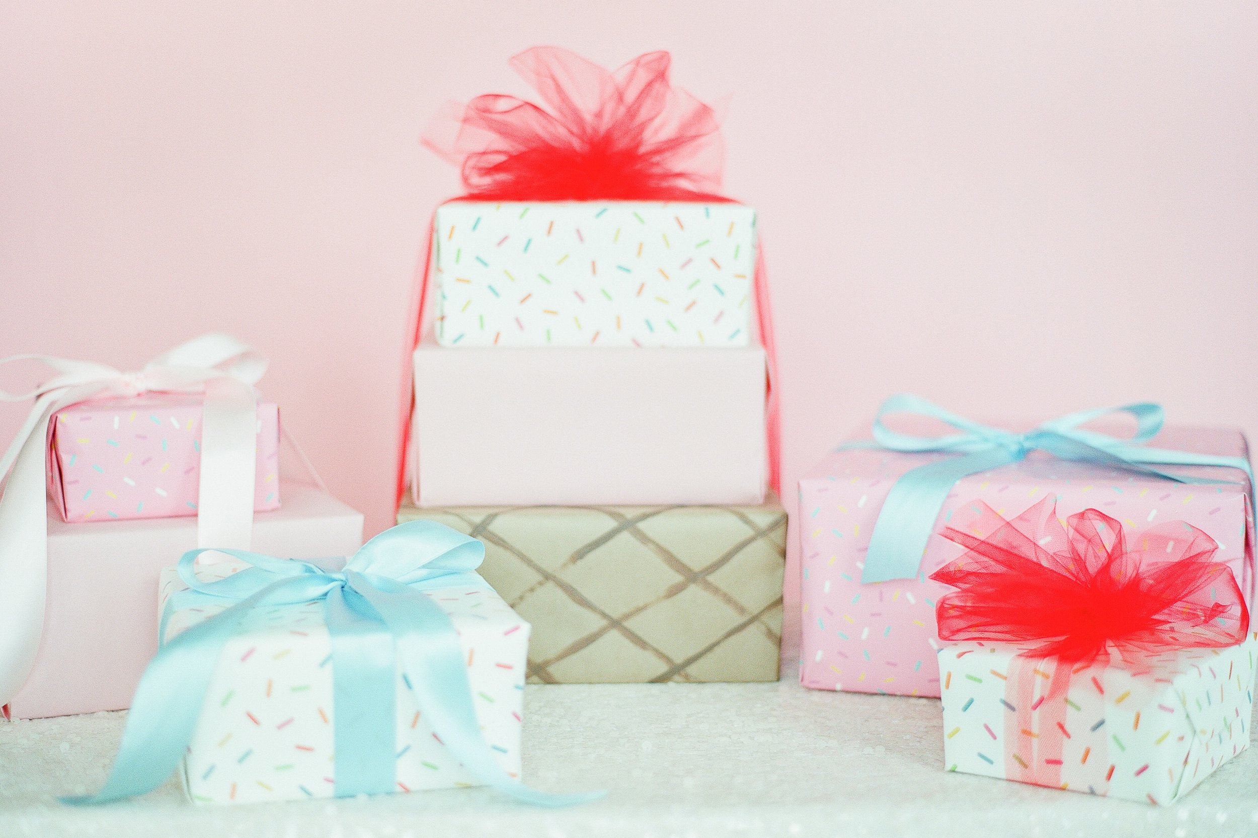 wedding wire - A Guest's Guide to Engagement Party Gift Etiquette