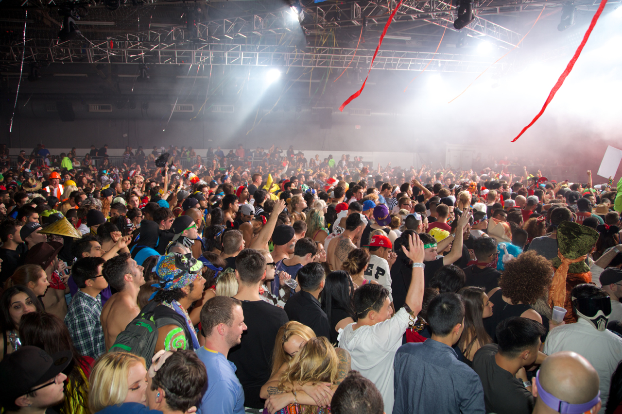 PierofFear-Cazzette-AdventureClub-KnifeParty-10-31-14 156.jpg