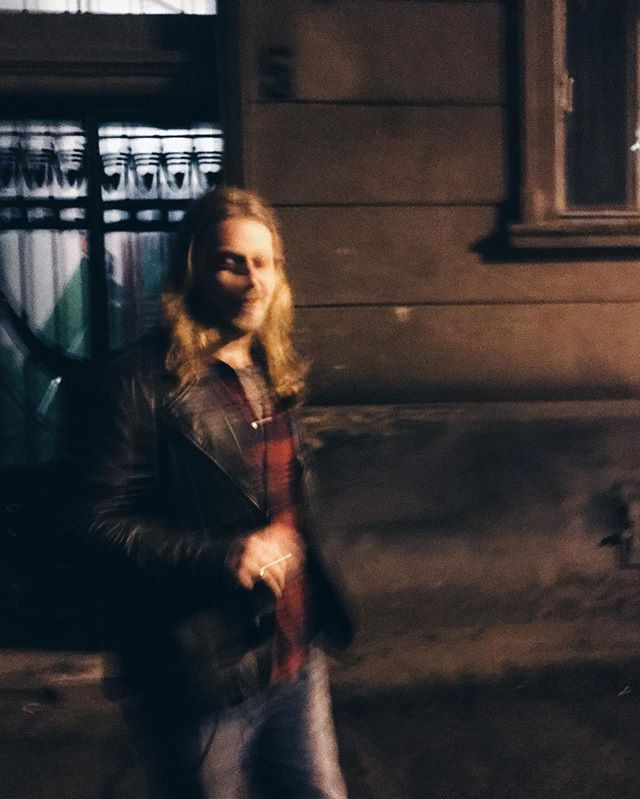 Photogenic 🧛🏼‍♂️ #lviv #motionblur #street #mambonumber5