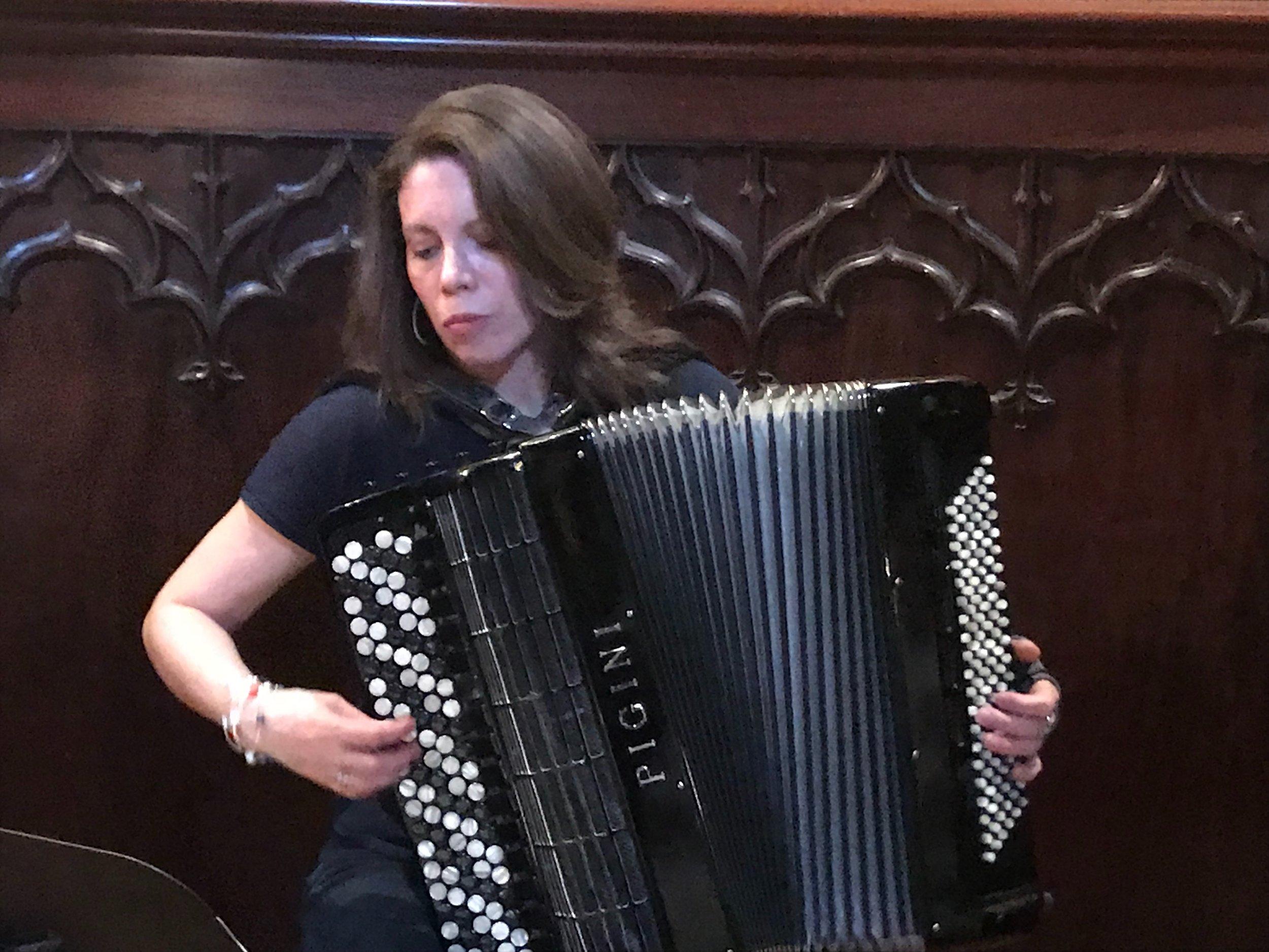 accordioniste.JPG