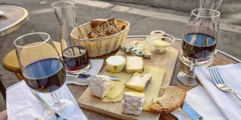 french-food-specialty-in-paris-1.jpg