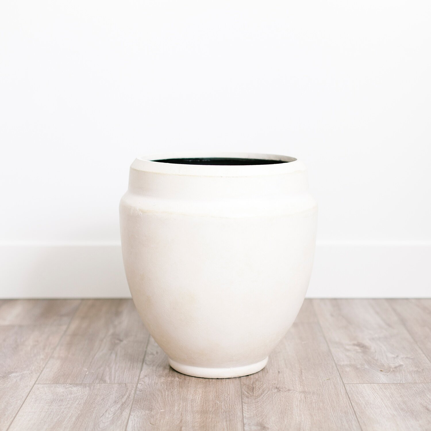 """WHITE POT  $ 15.00 / 2 in stock 13"""" wide, 15"""" tall. Lightweight and easy to transport"""