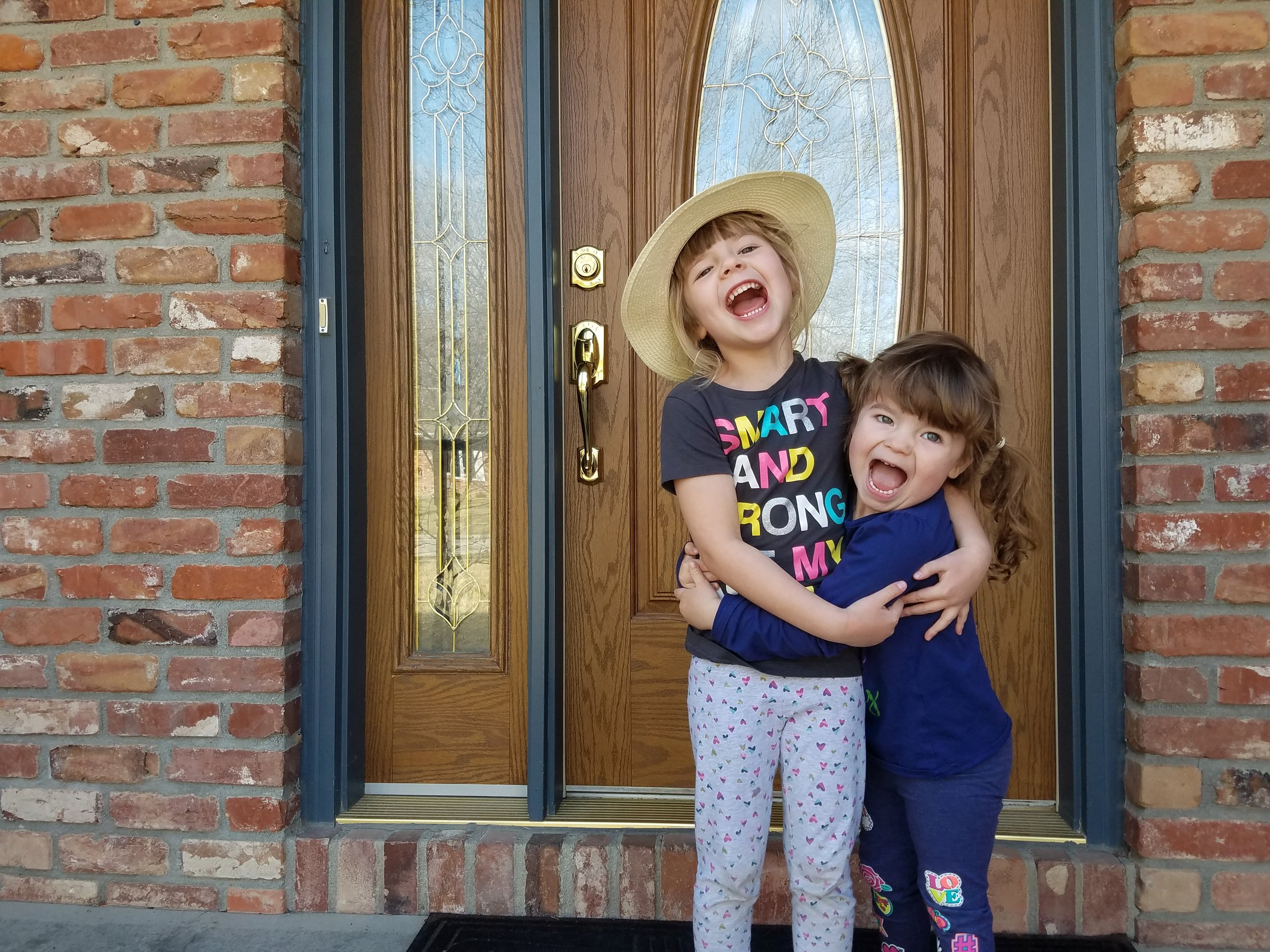 Kasondra (photo of charlotte with younger sister aubrey (2)).jpg