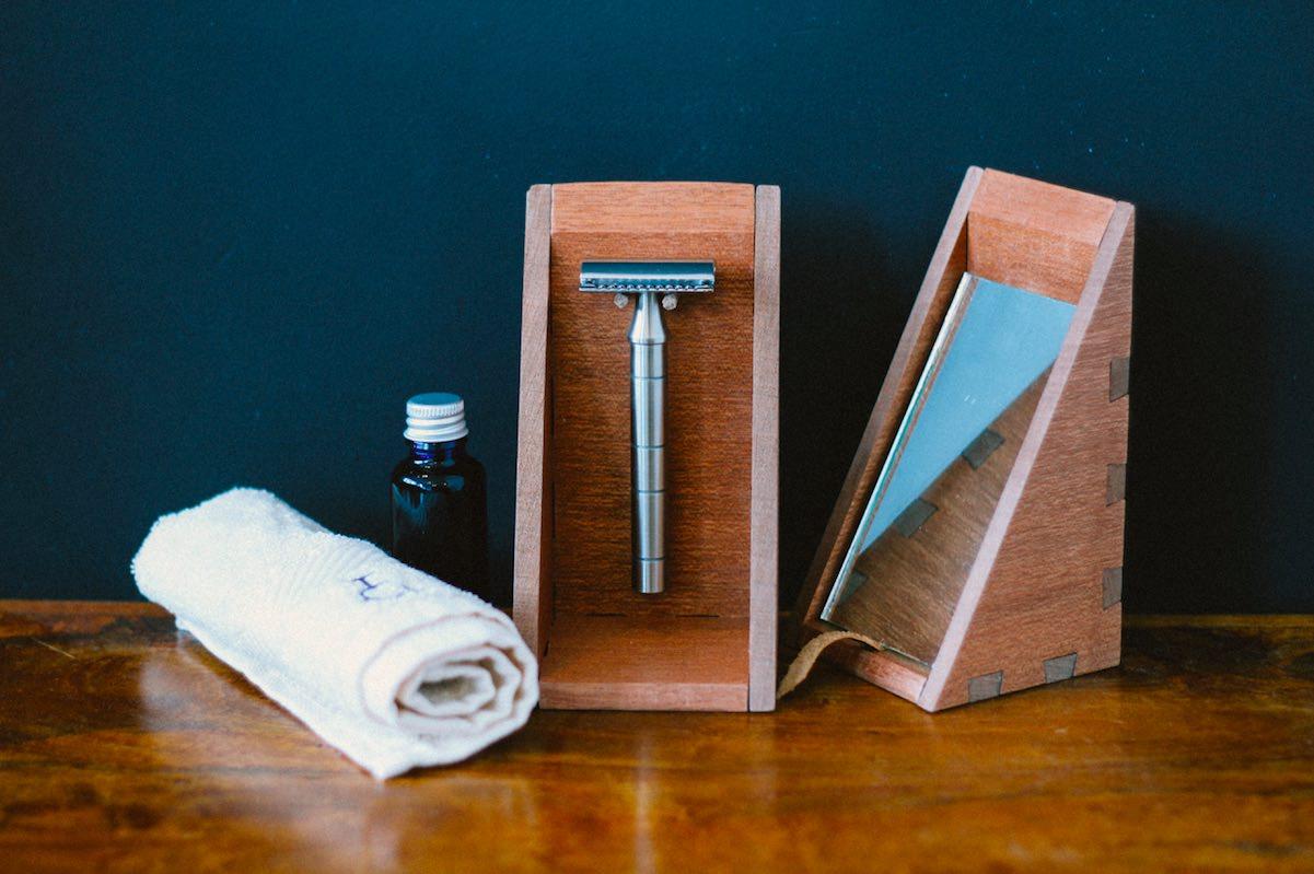 The 'Mark In The Wood' custom shaving set