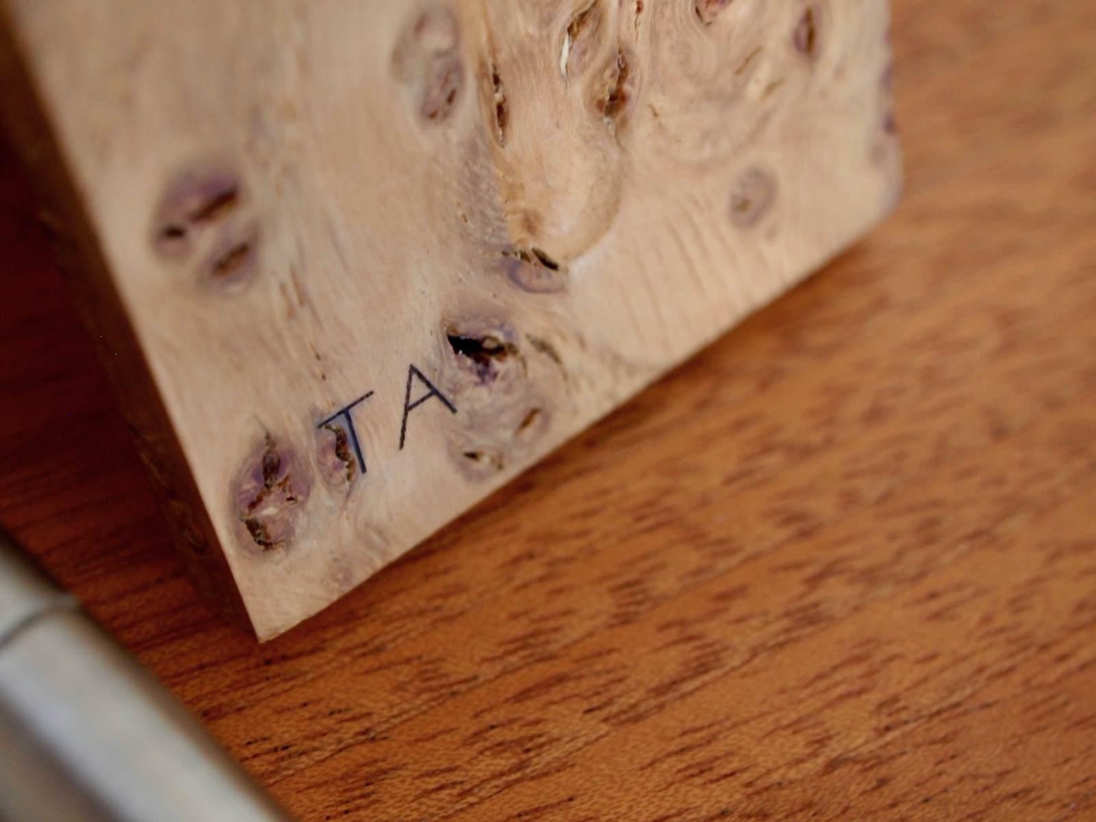Laser engraved razor stand close.jpg