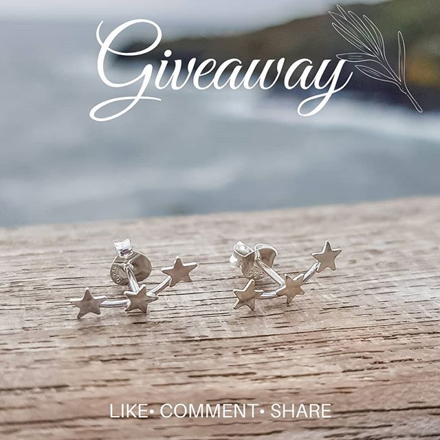 WEEKEND GIVEAWAY ☆  to win a pair of our new sterling silver star creeper earrings. Simply  Like @raspberry_ripple_jewellery  Comment below and tag at least 1 friend.  Share on your page or stories.  Winner will be announced Monday evening.  #Handmadeintheuk_hmuk  #shophandmadeuk #etsyhandmade #etsygram #creativecommunity #jewelleryaddict #jewelleryoftheday #jewelleryblogger #handmadejewellery #etsyjewelry #etsyjewelryshop #necklaceaddict #jewelryboutique #ilovejewelry  #weekend #giveaway #weekendgiveaway #competiton