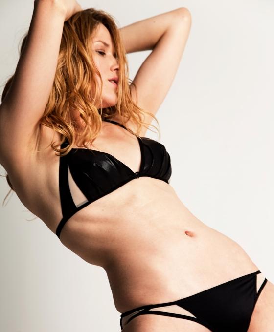 LA FILLE D'O Wonders noir soft cup bra & faint skin briefs