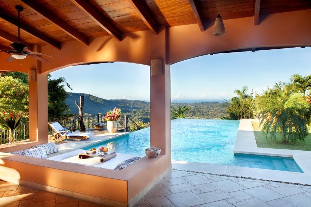 komp-FincaAustria_Villa Mariposa_1.jpg