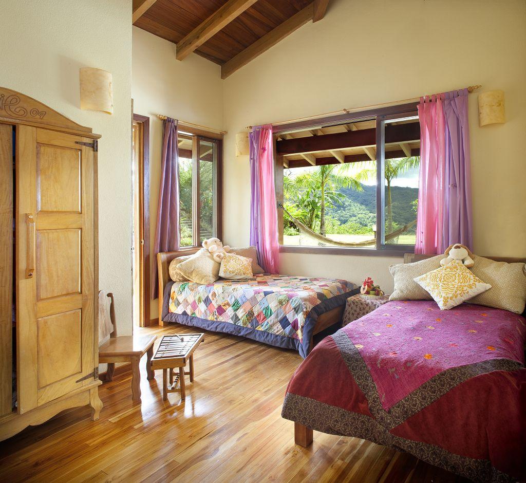 komp-FincaAustria_Casa Colibrì_room-2a.jpg