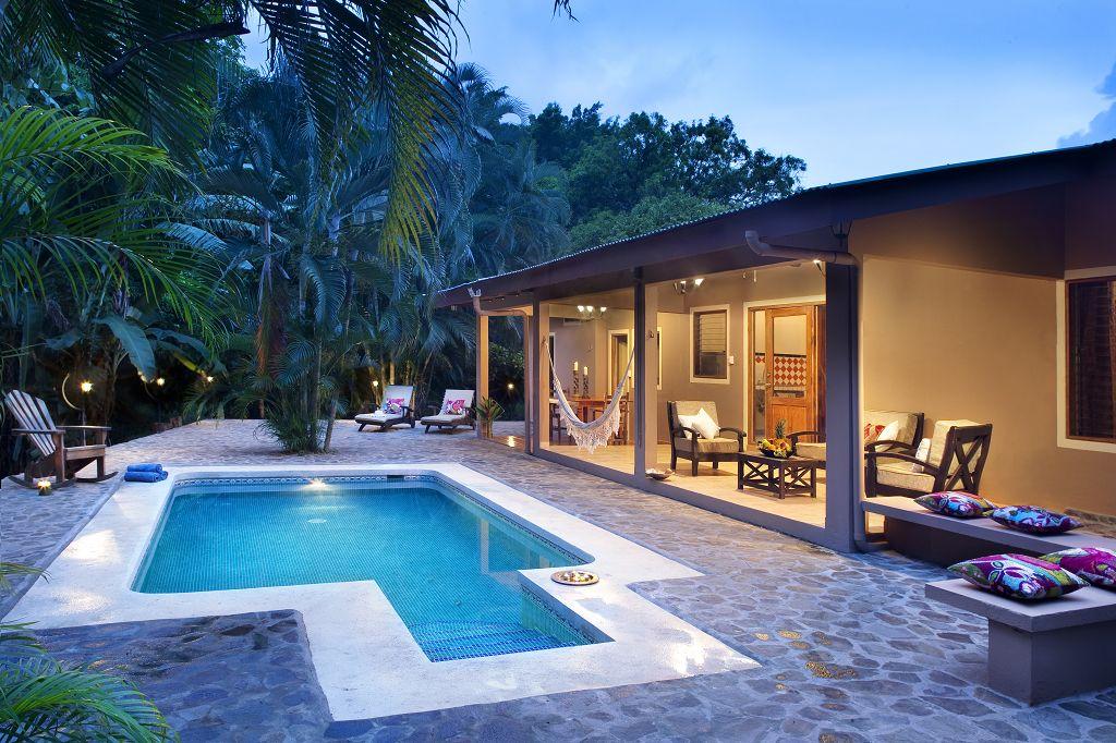 Click image to enter Jungle Lodge