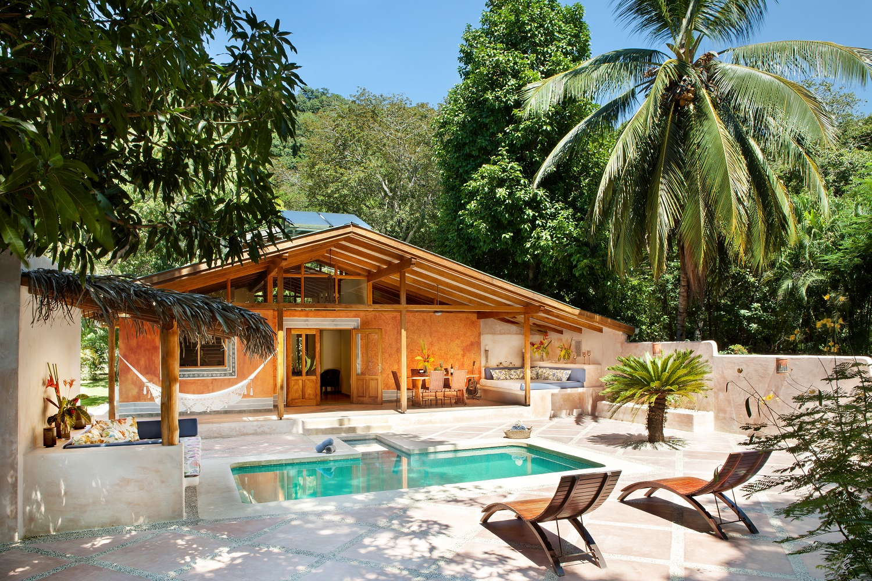 Click image to enter Mango Cottage