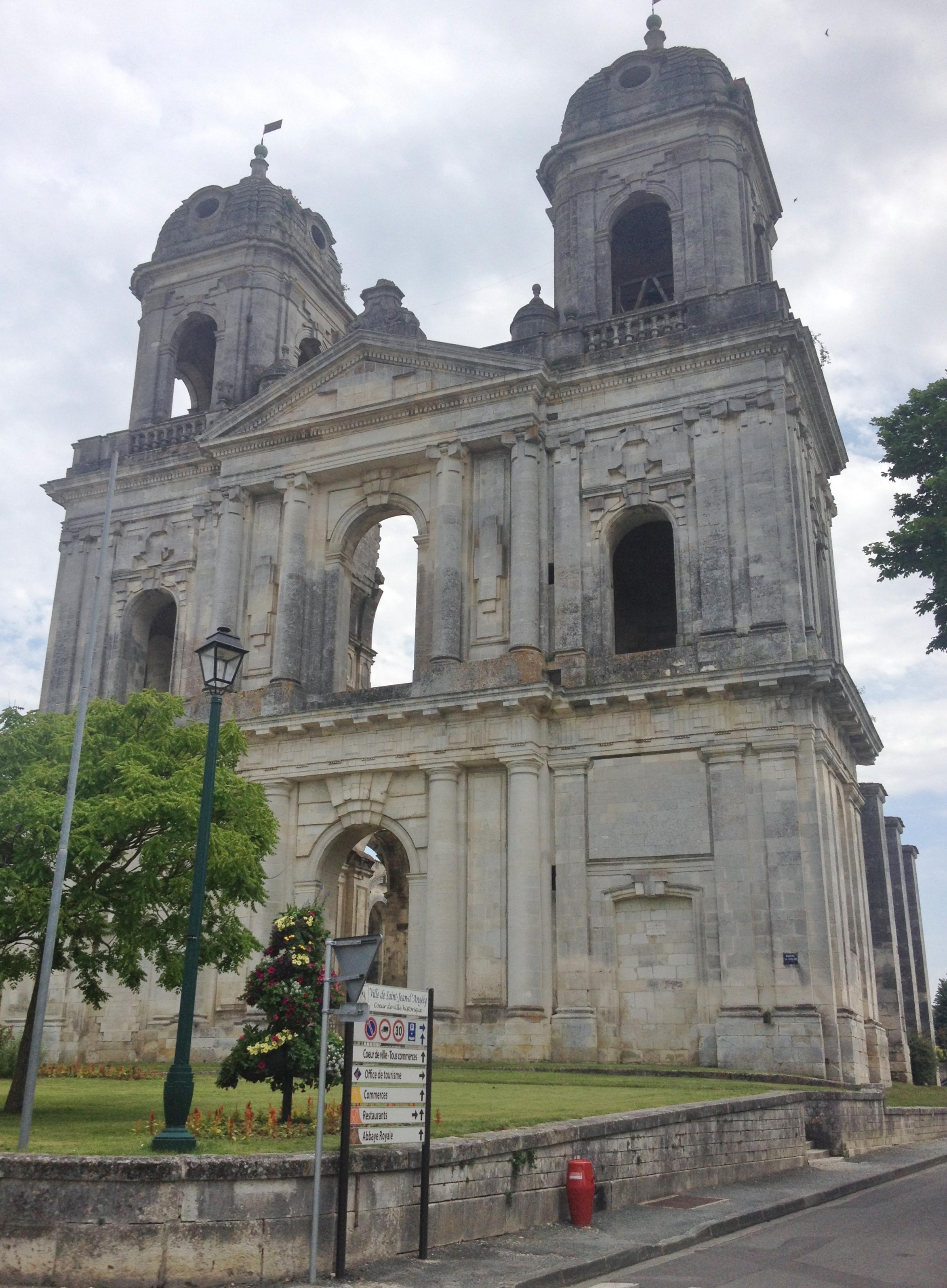 Abbaye Royale, St Jean d'Angély