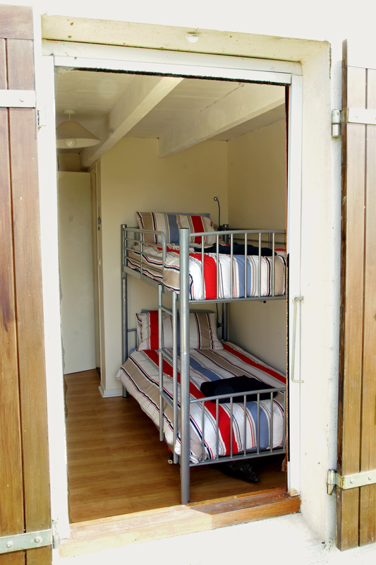 Bunk bedroom