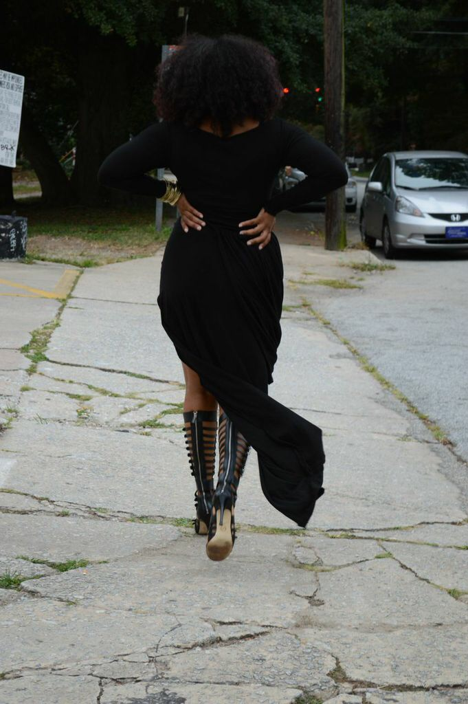 Photo and dress courtesy of Mia Alexandria