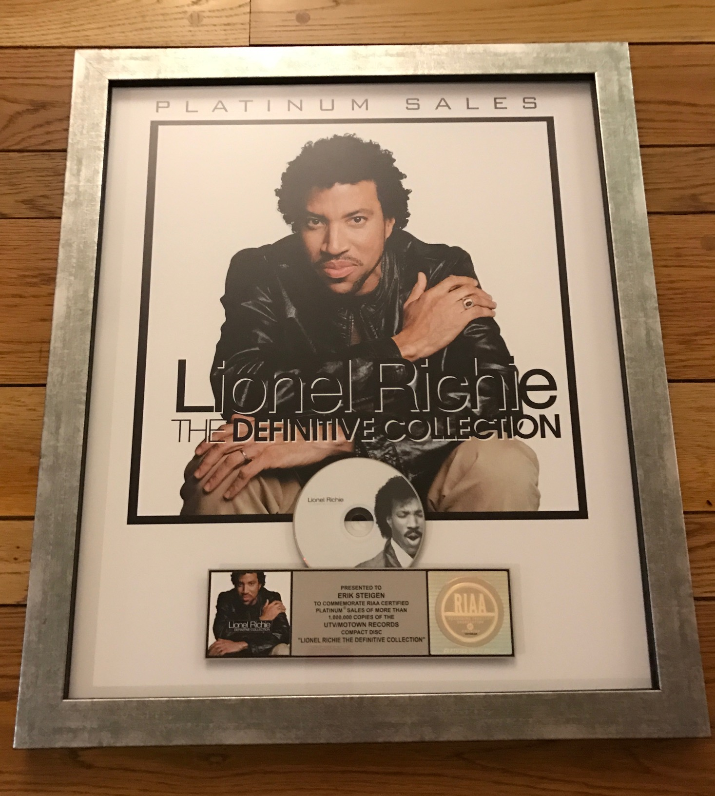 Lionel Richie Definitive Collection plaque.jpg