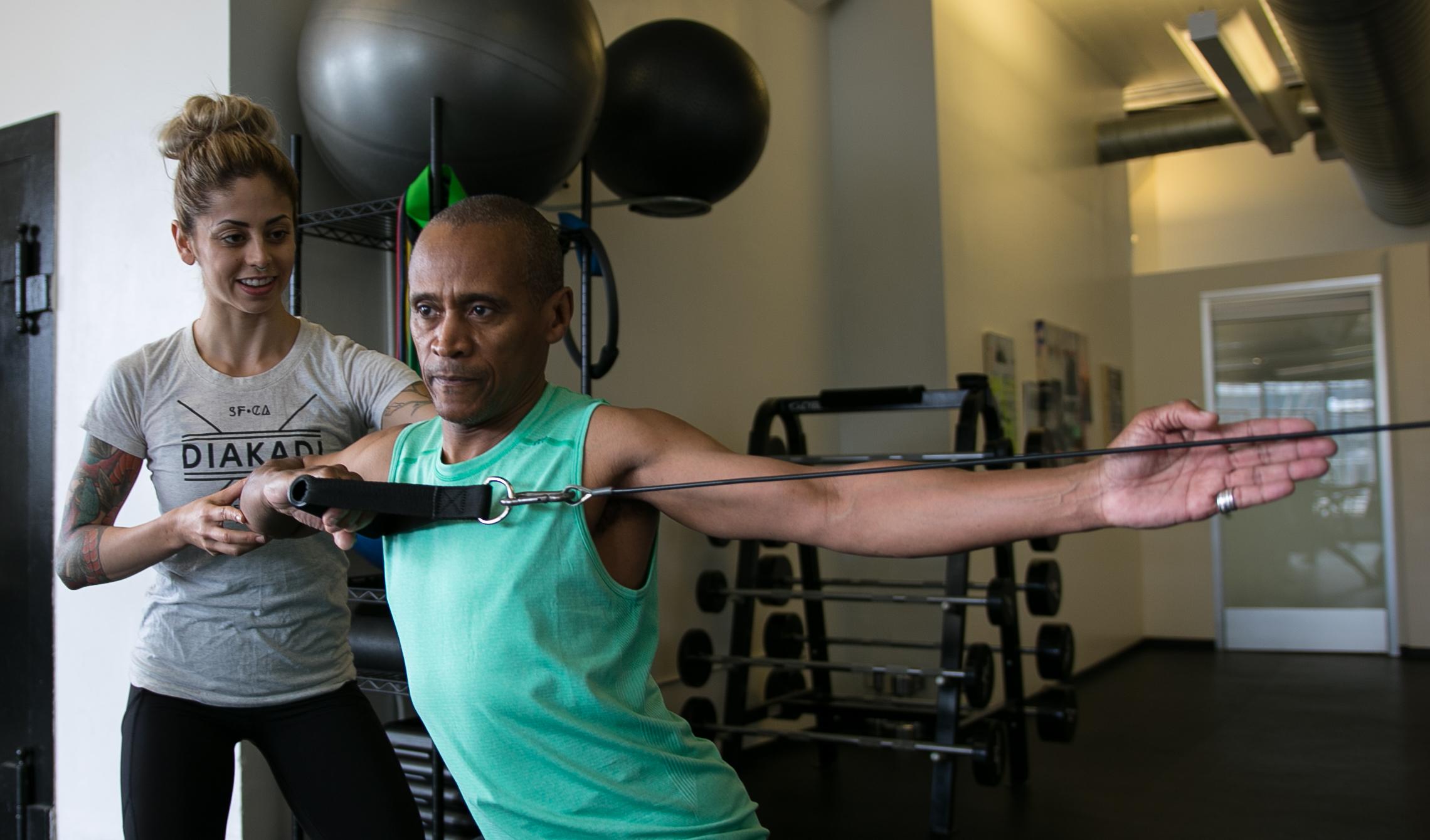 DIAKADI Trainer Nicolette Amarillas individual coaching.jpg