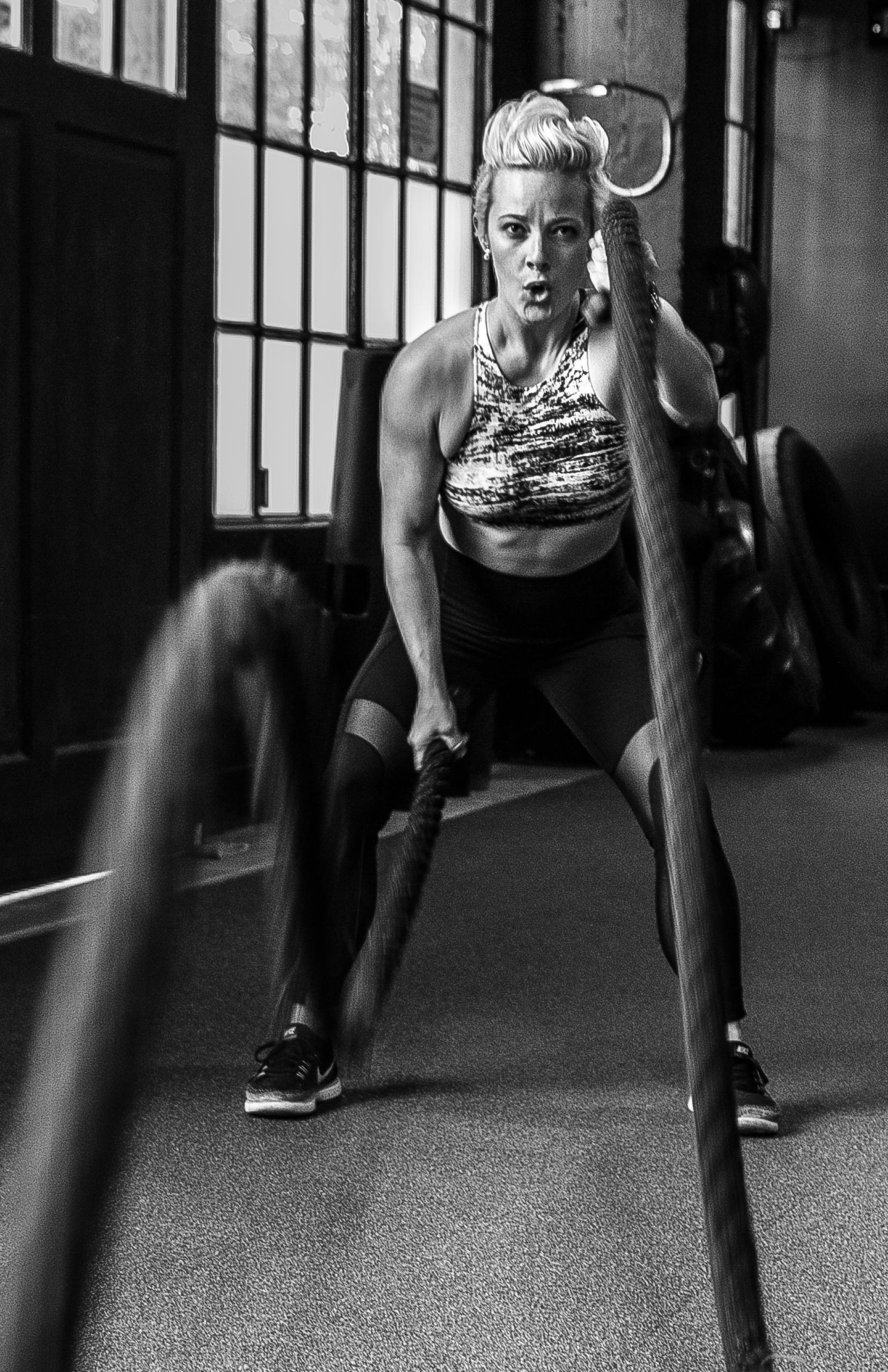 DIAKADI Trainer Natalie Carey black and white battle rope.jpg