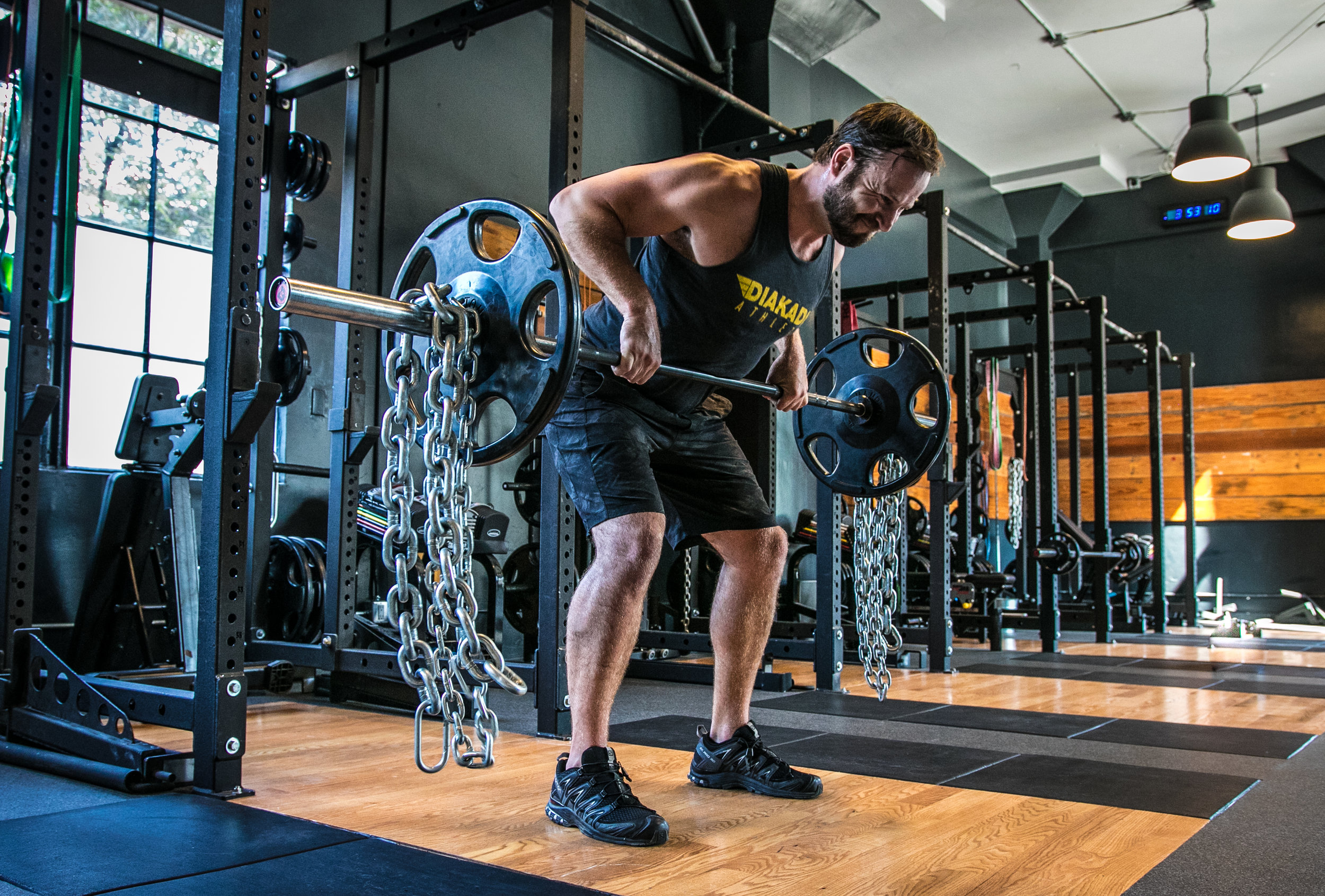 Trainer David McEnulty barbell row chains balance strength.jpg
