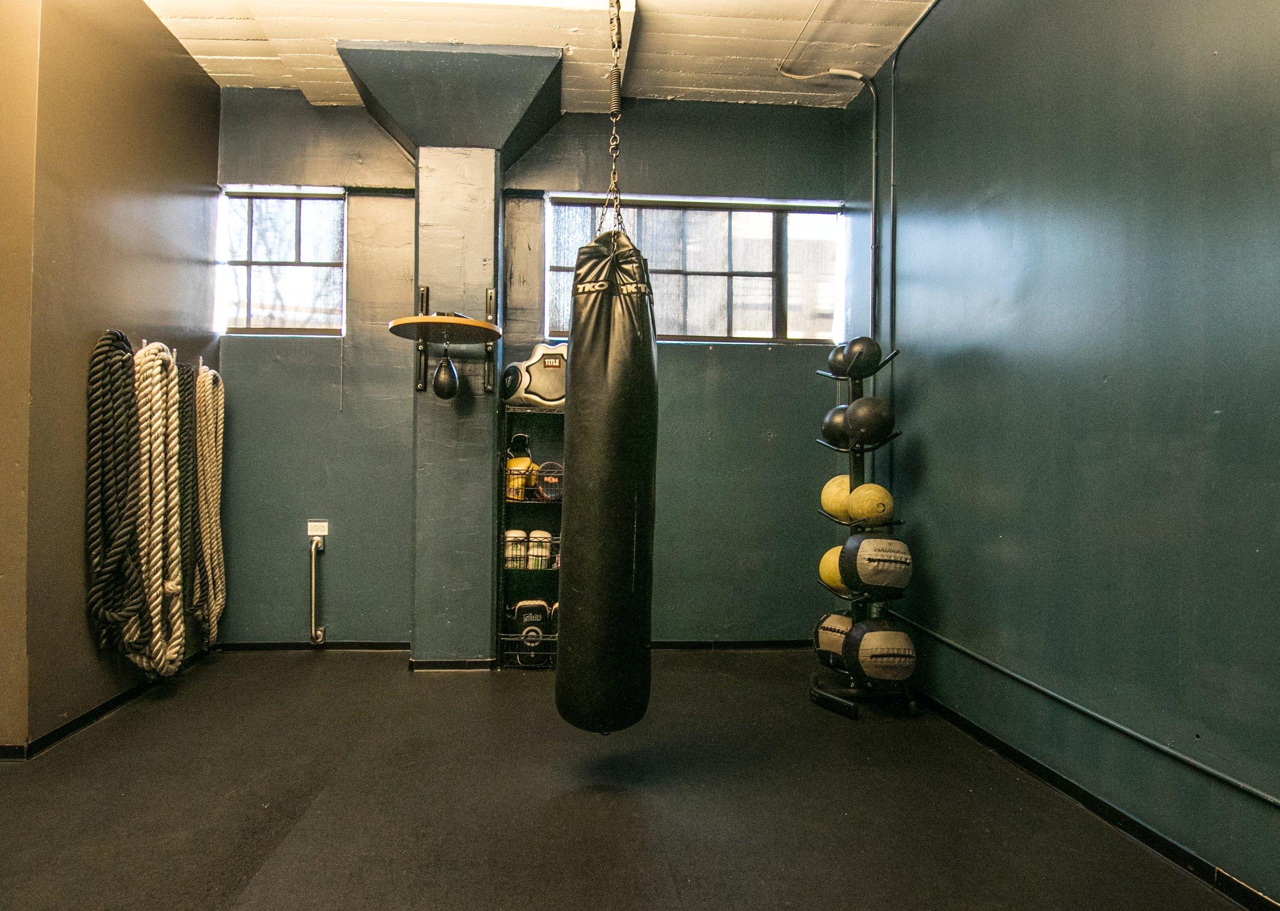 Boxing San Francisco DIAKADI med balls ropes.jpg