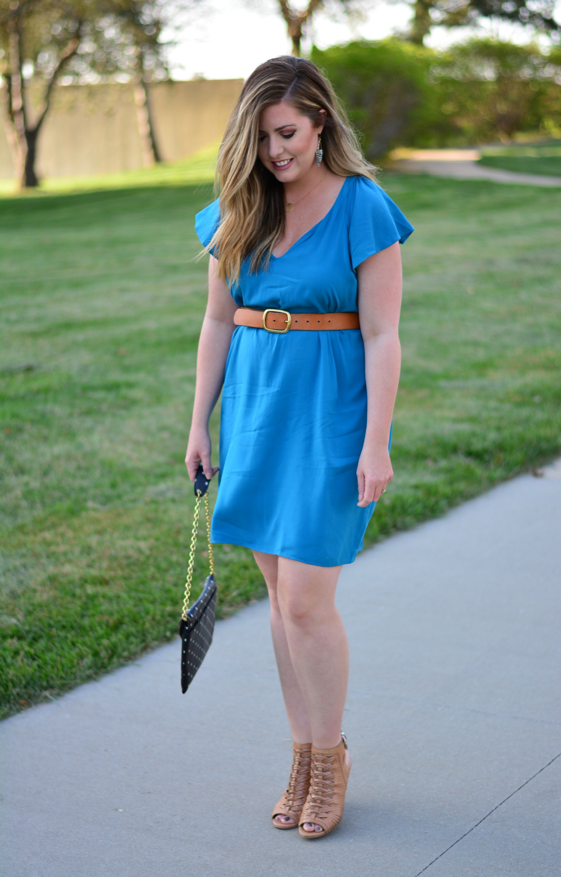 Flutter-Sleeve Shift Dress for spring