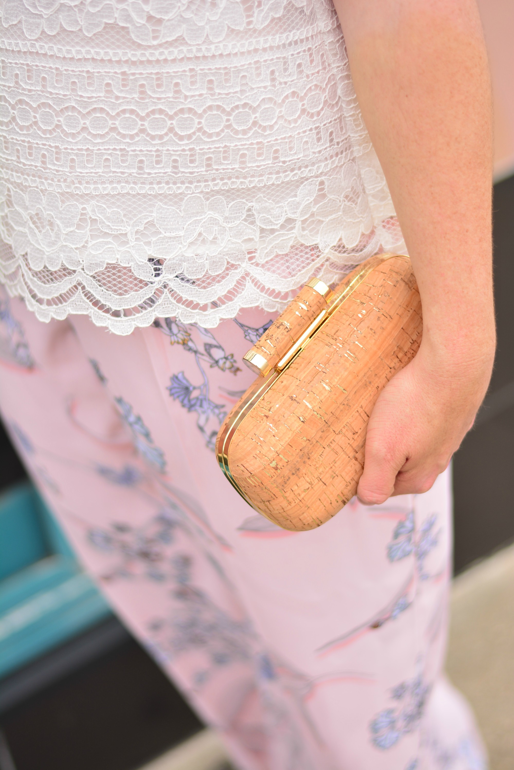 Cork clutch for spring