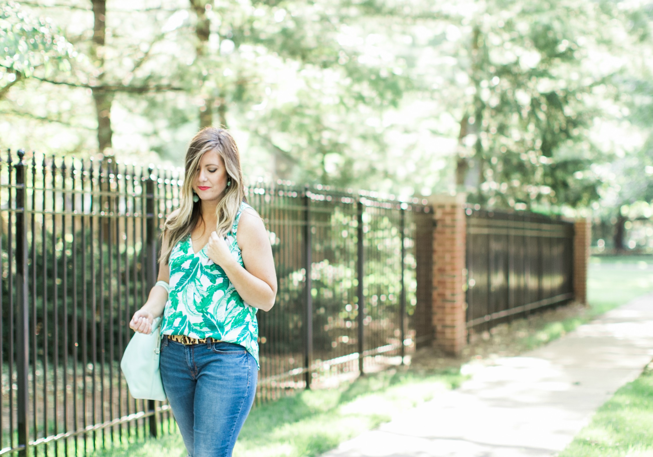 Palm print tank for summer