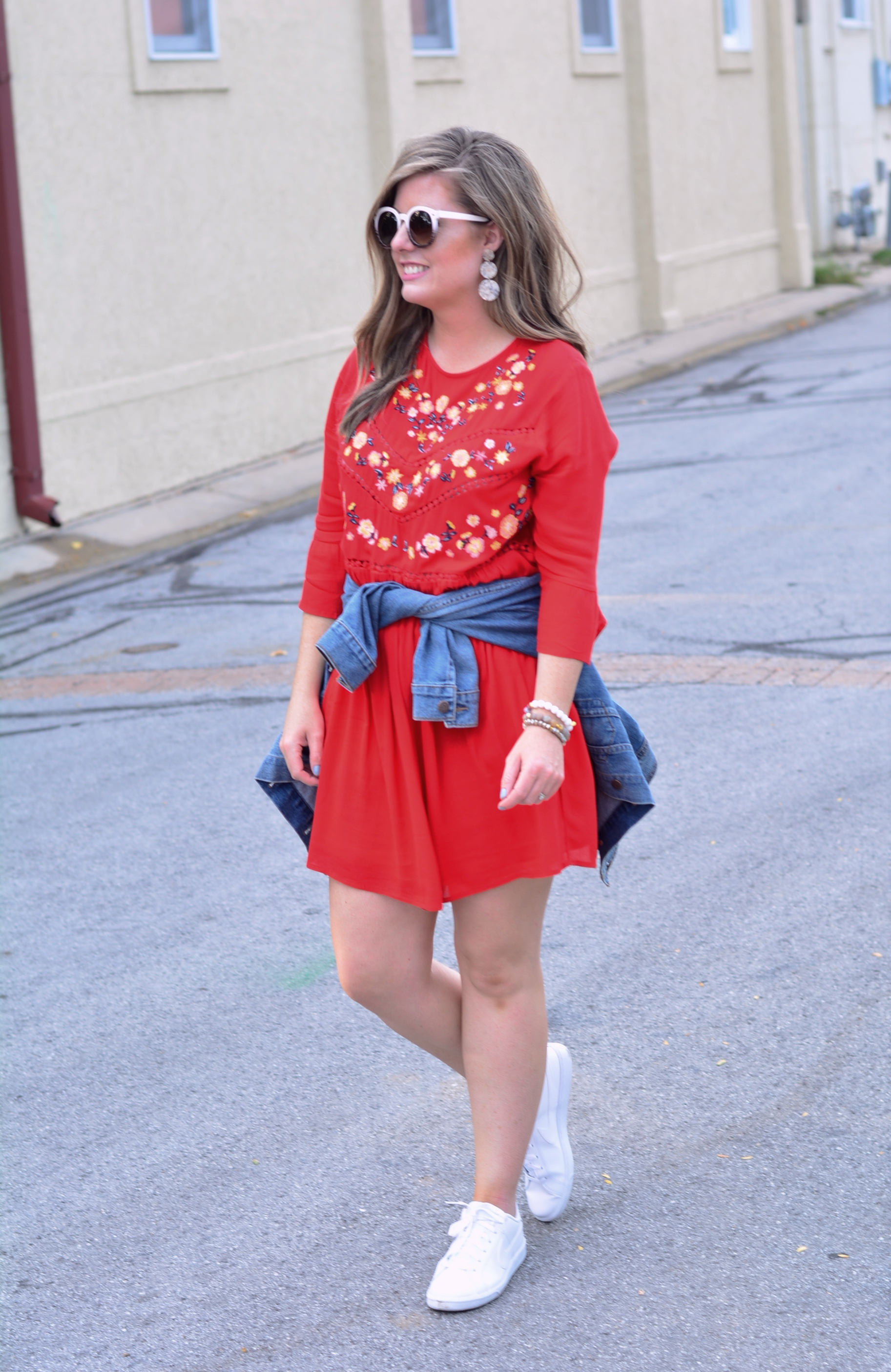 How to wear dresses with sneakers