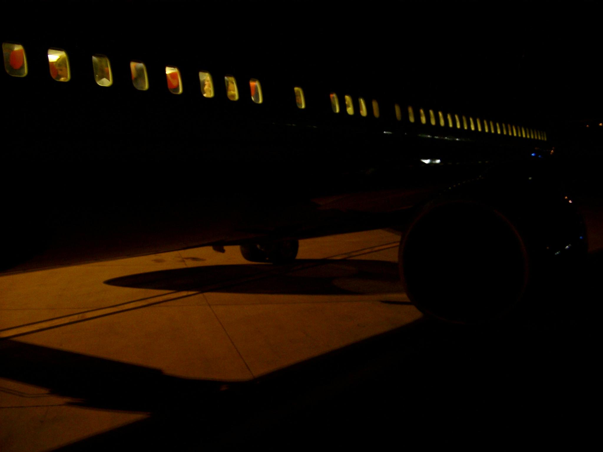 Airliner, Nimes.JPG