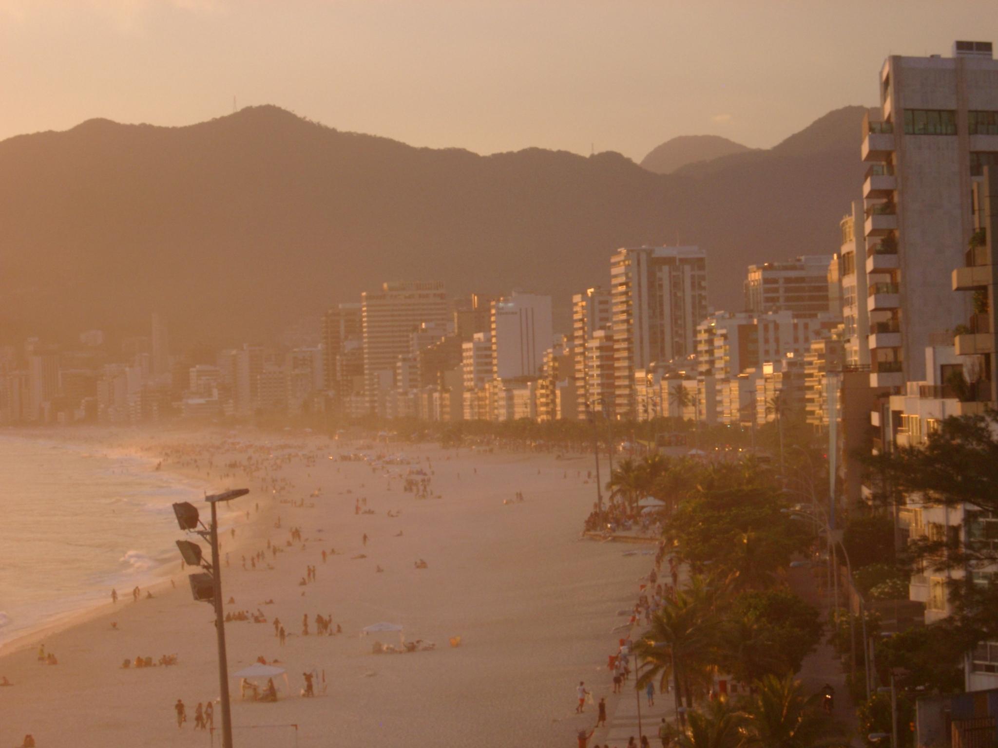 Buildings in the Sunset, Ipanema.JPG