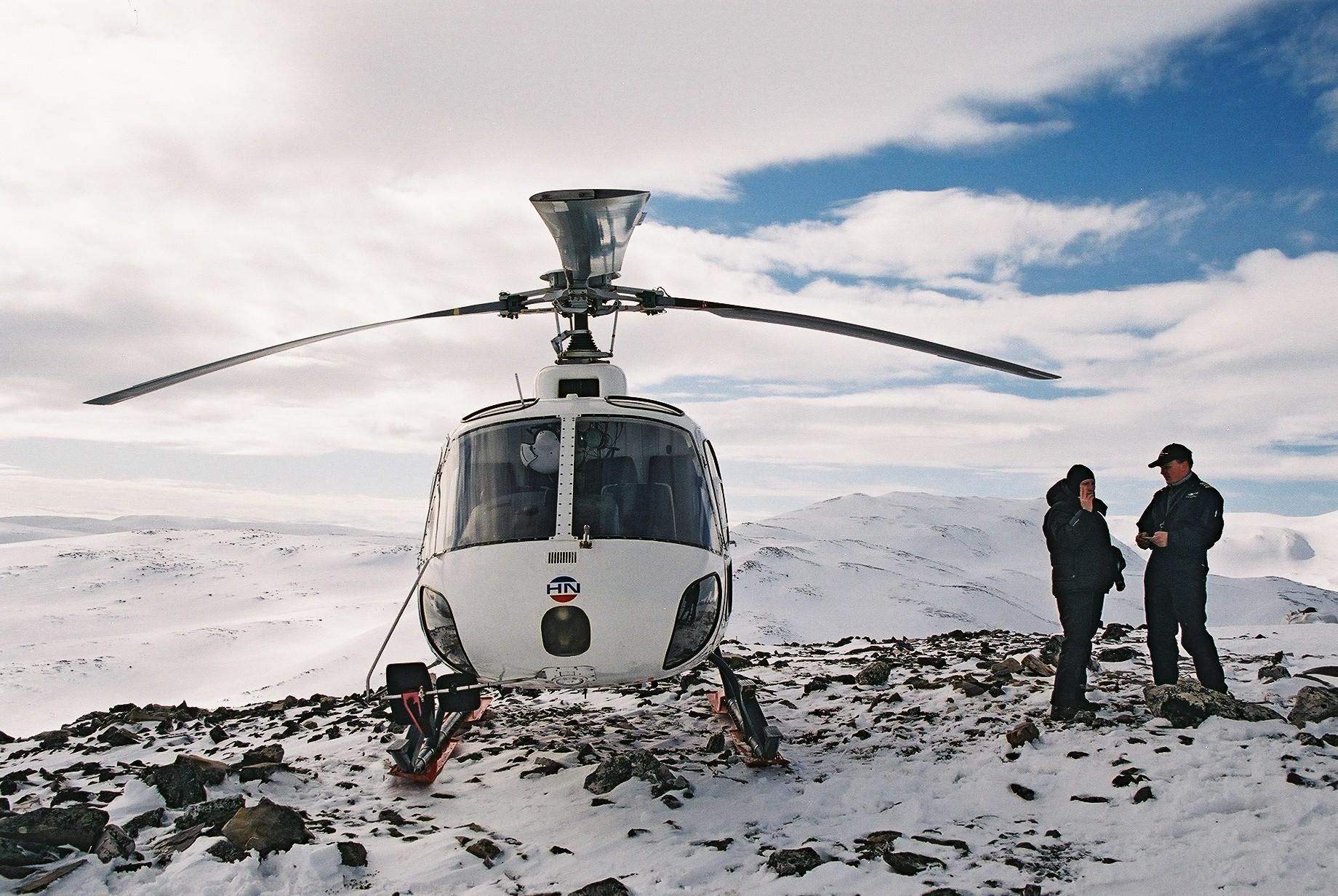 Helicopter on Haldde Mountain, Alta.JPG