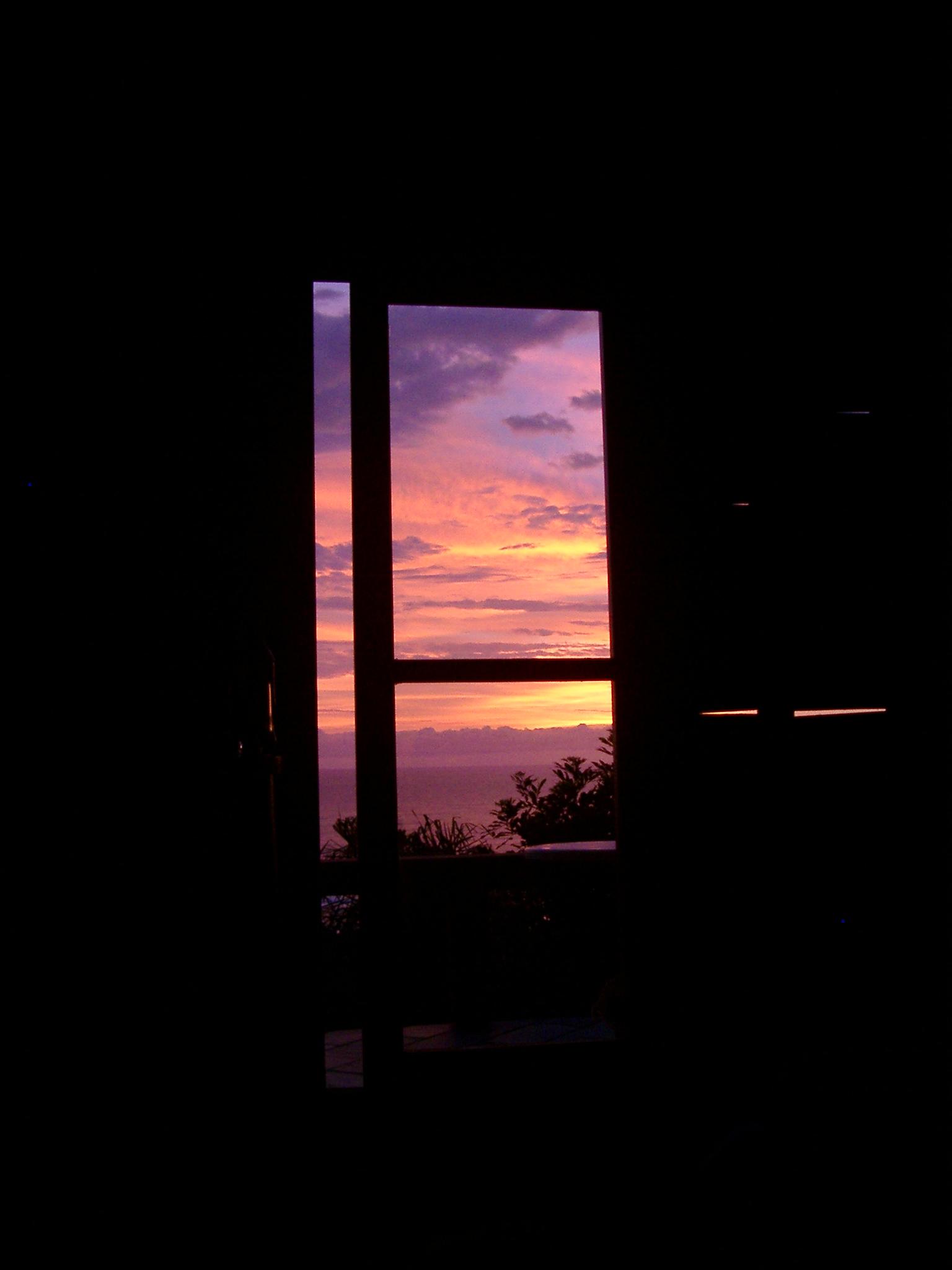 Sunrise seen from Bed, Rosa.JPG