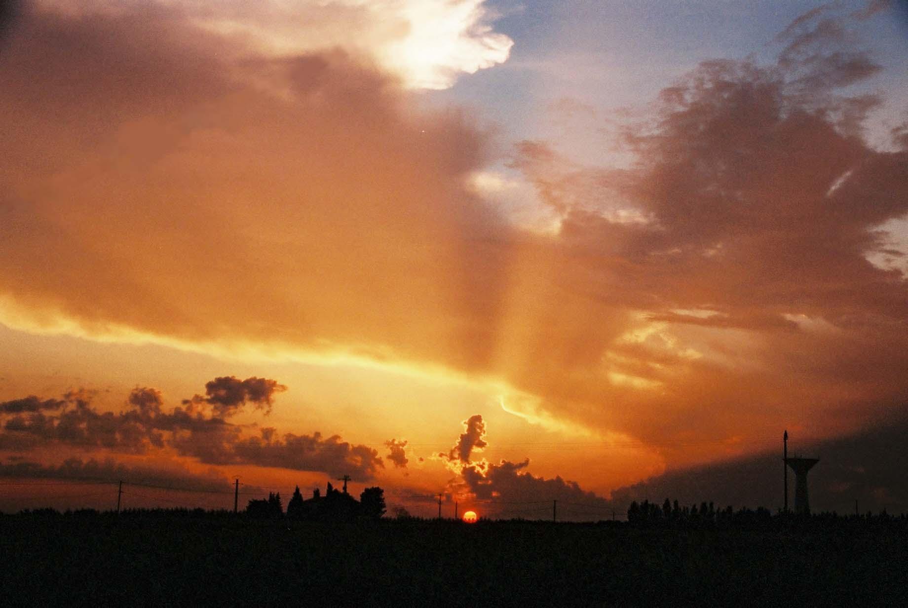 Sunset over Watertower, La Laune.JPG