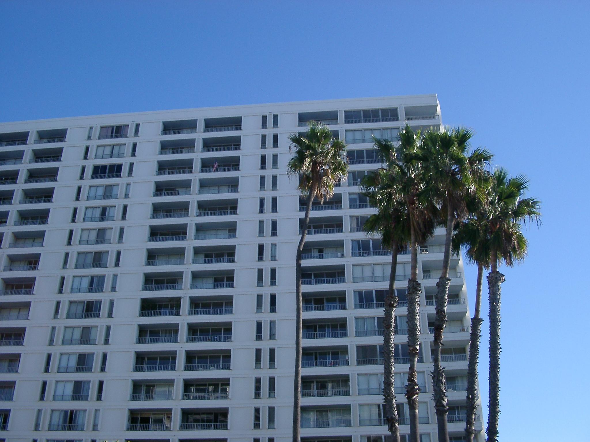 Apartment Building, Venice Beach.JPG