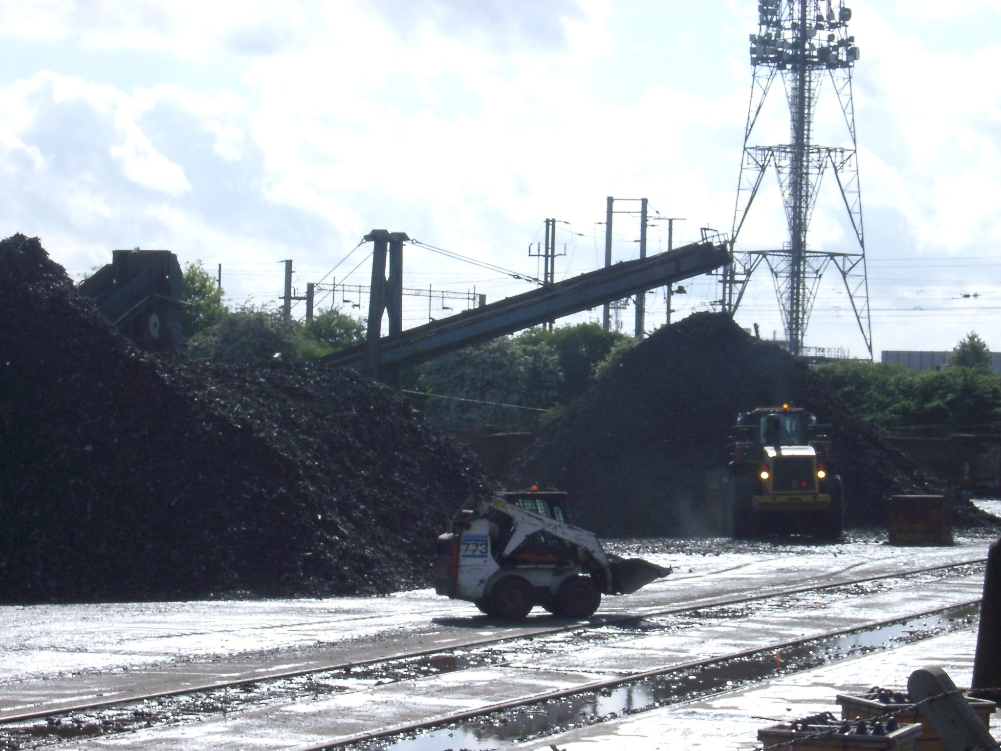 Coal, Willesden Junction.JPG