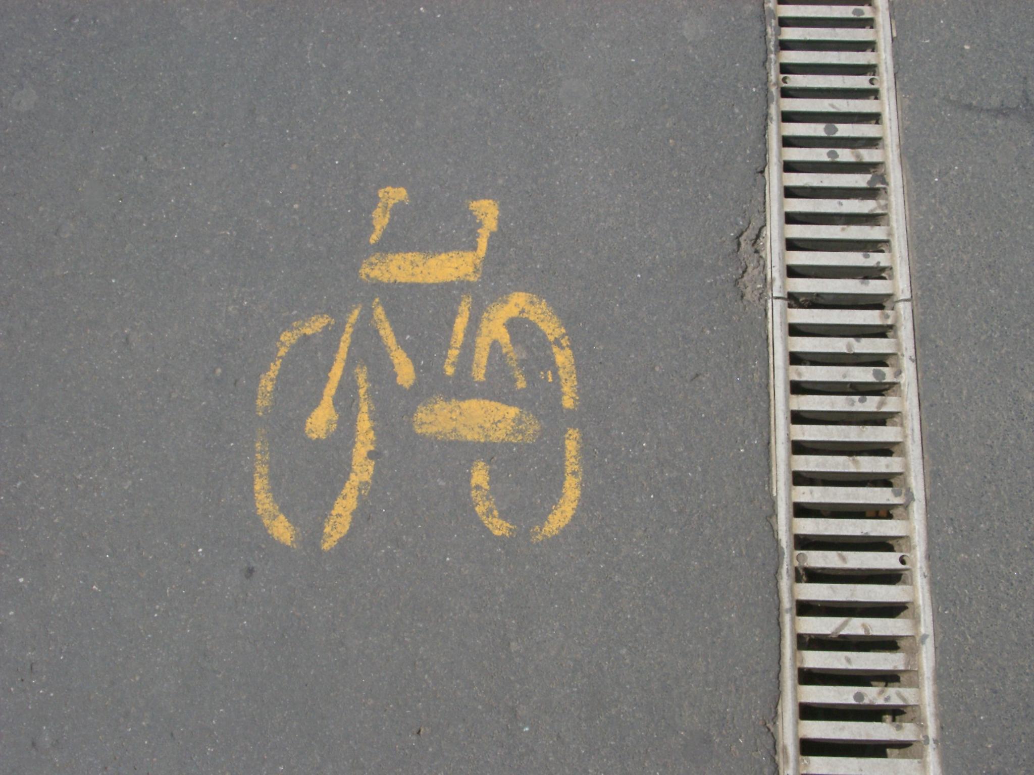 Bicycle, Milan.JPG