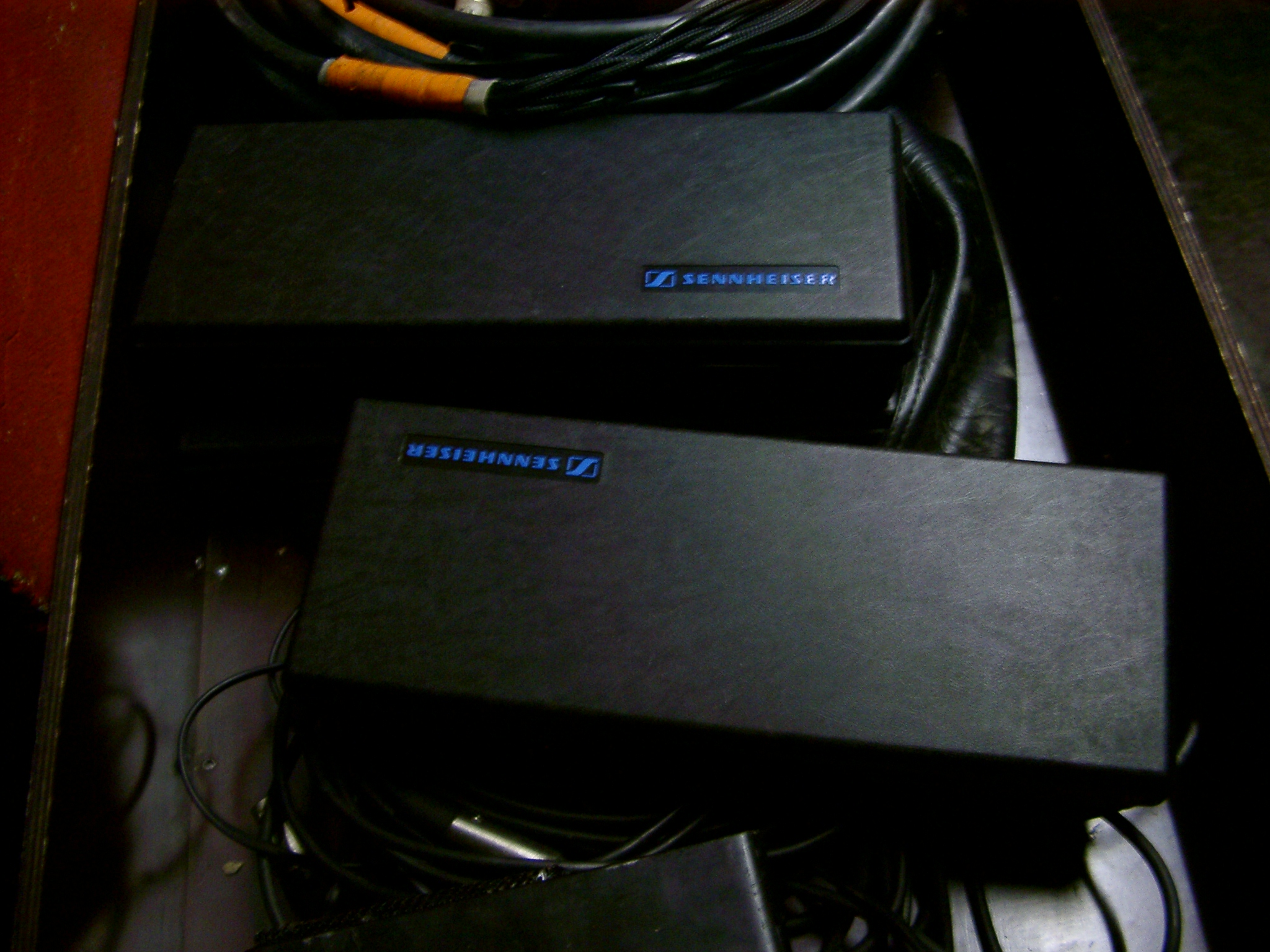 Sennheiser Boxes, Paris.JPG