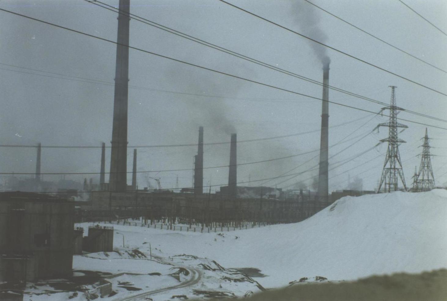 The Severonikel Kombinat nickel and copper plant at Monchegorsk, Kola Peninsula, Russia. (JAMES FLINT)