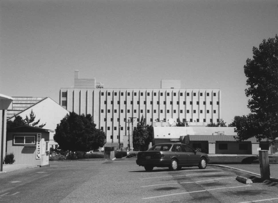 Federal Building (small).JPG