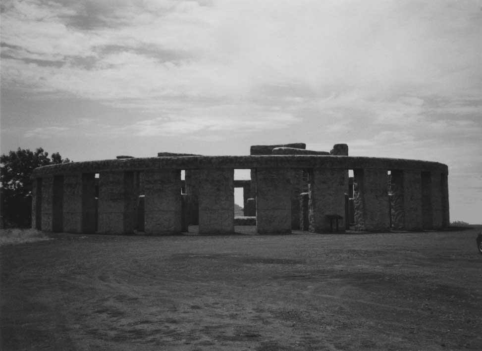 Stonehenge (small).JPG