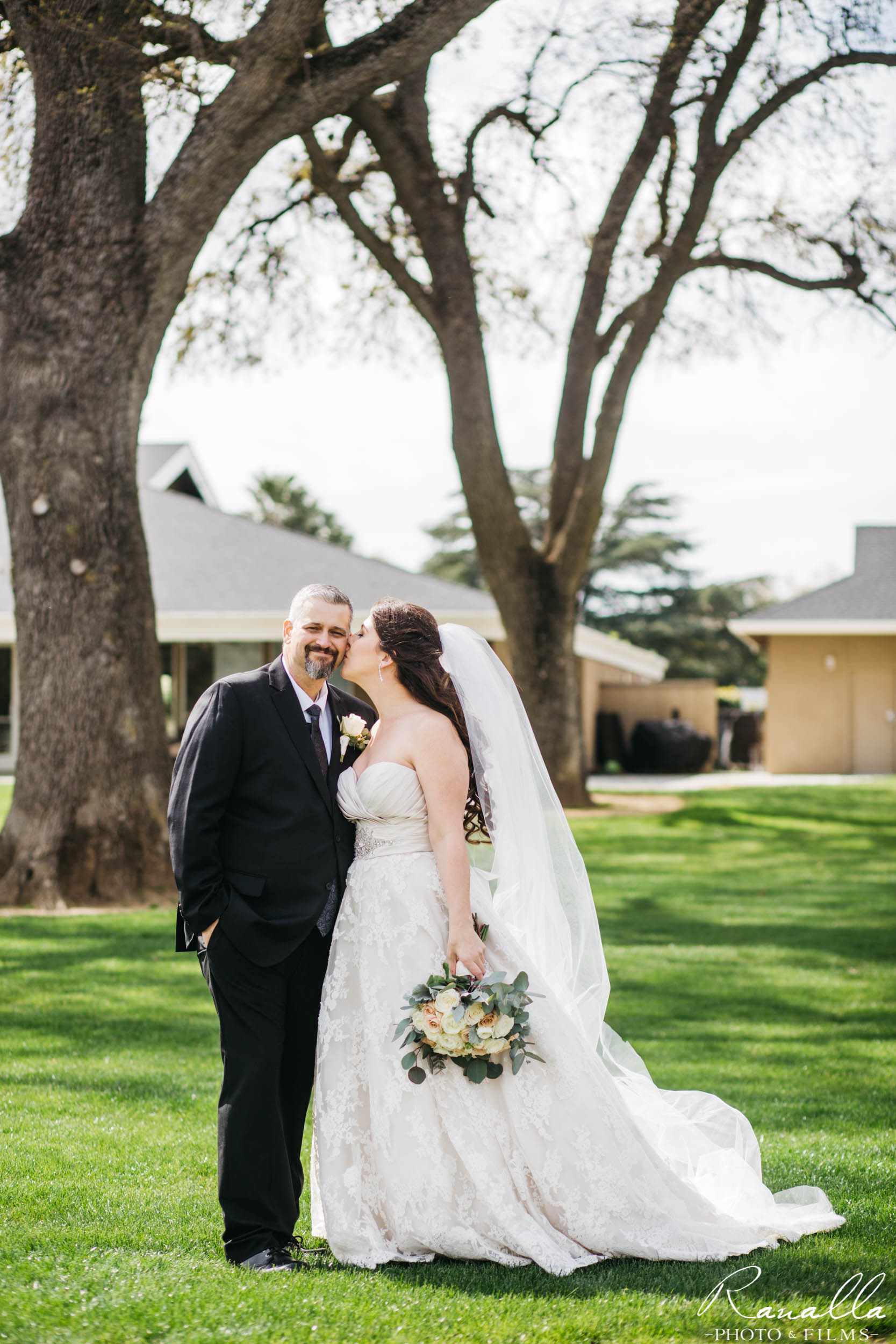 Chico Wedding Photography- Golf Course Wedding Venue- Live Oak Trees- Butte Creek Country Club- Simply Elegant Bridal- Lavender Blue- Ranalla Photo & Films