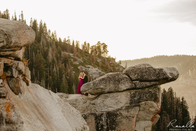 Yosemite Engagement Session-Glacier Point Engaegment Photos-Ranalla Photo & Films-12.jpg