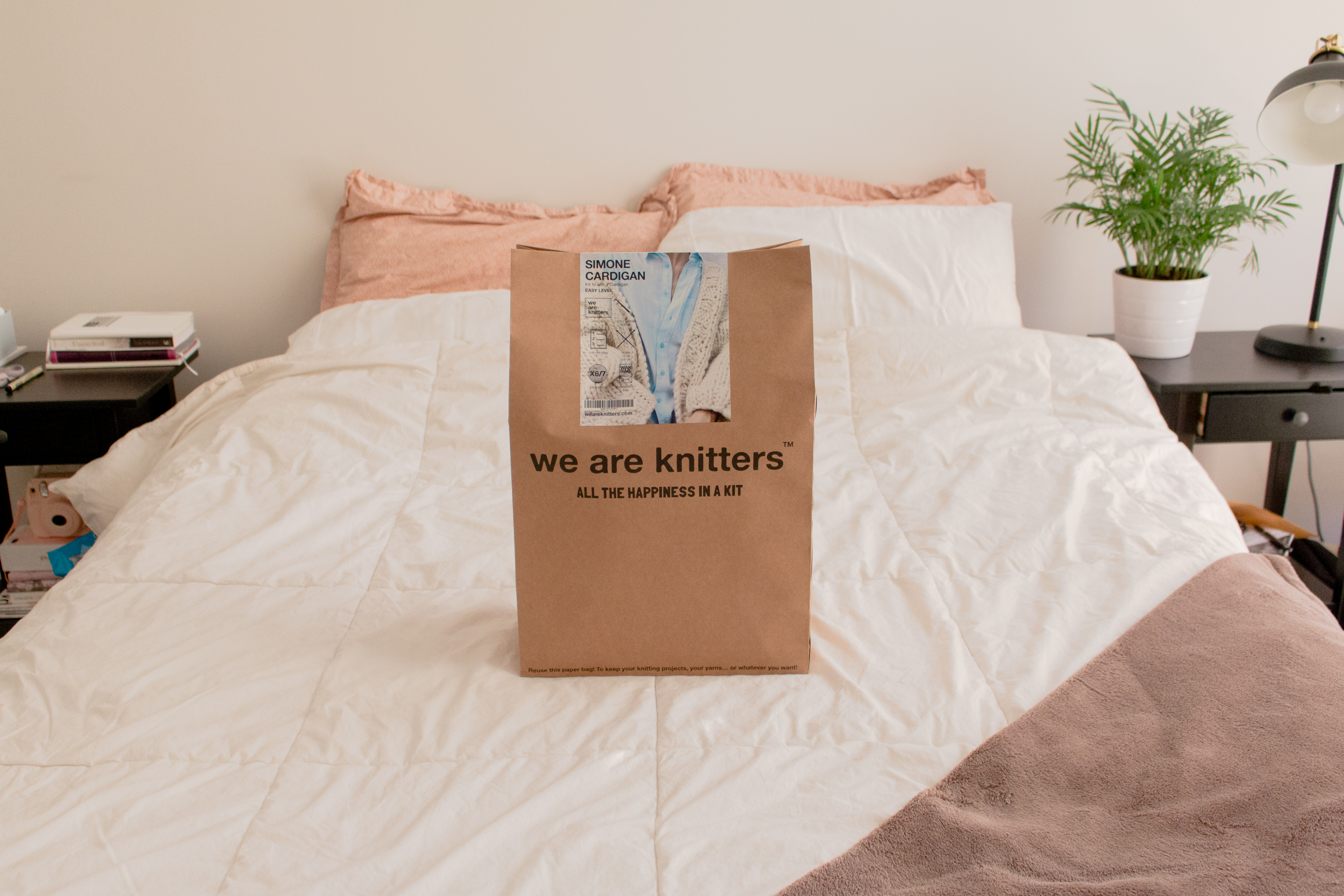 WE ARE KNITTERS - ALL THE HAPPINESS IN A KIT