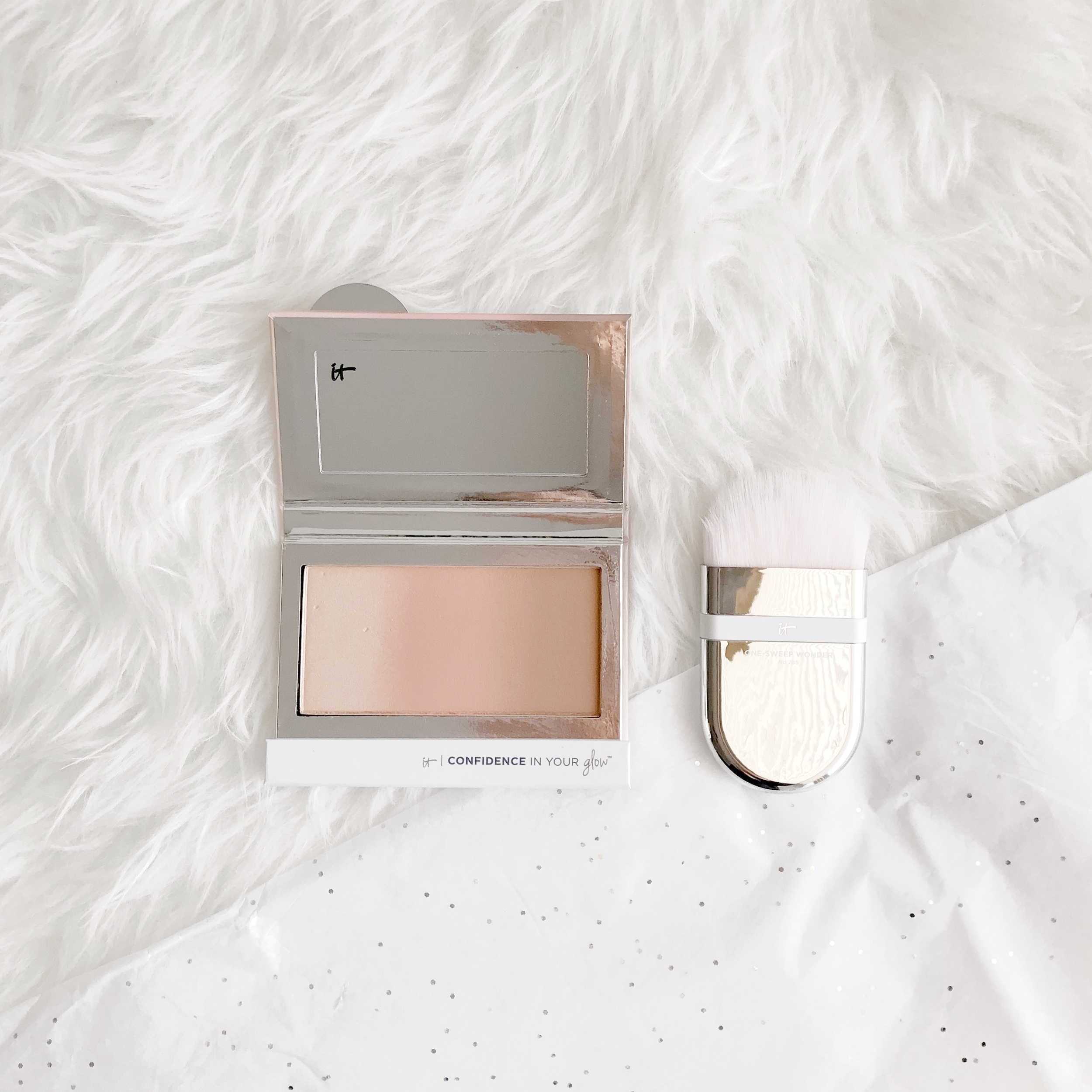 It Cosmetics Instant Nude Glow