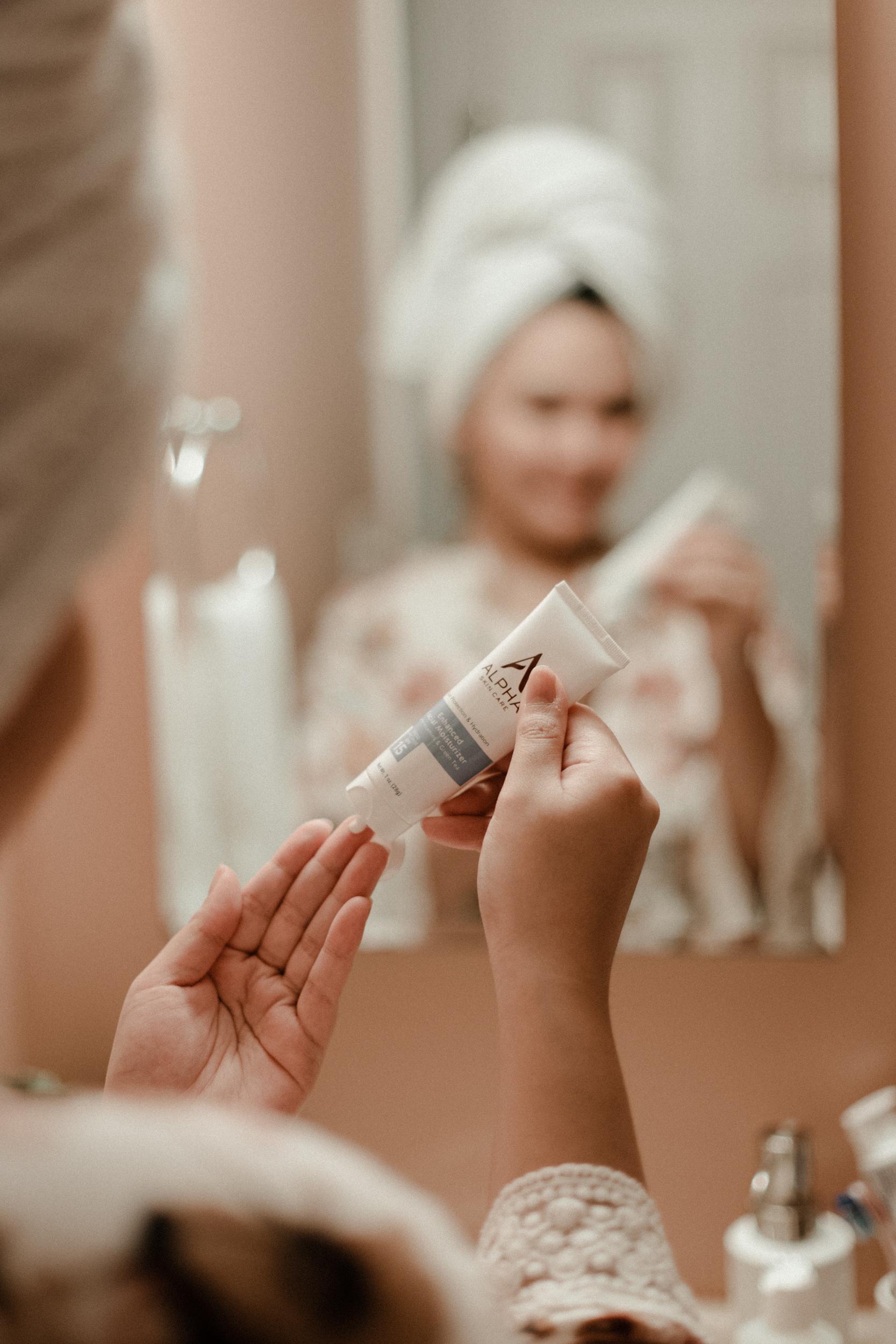 Alpha Skincare - Enhanced Facial Moisturizer