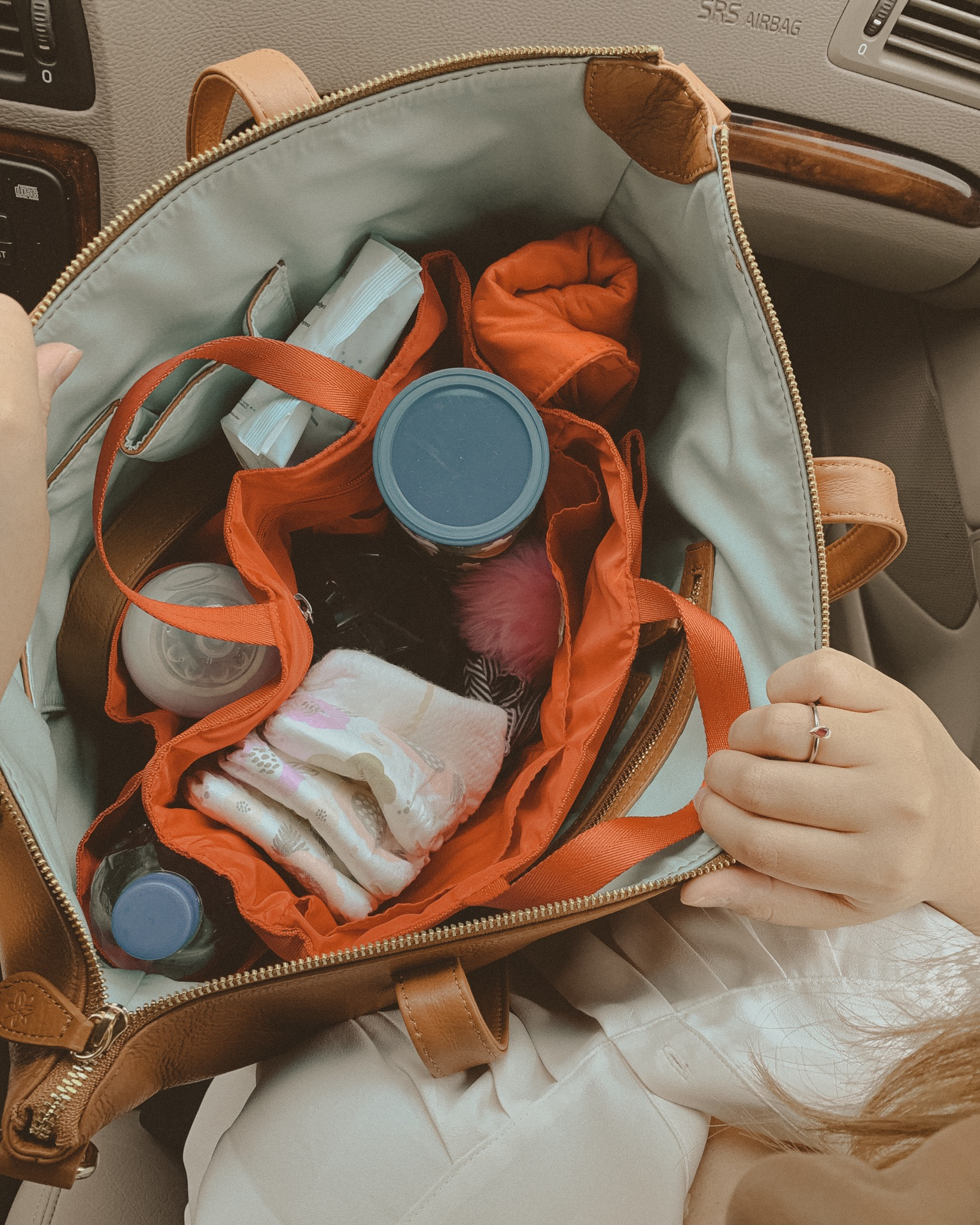 Using the bag organizer from my Madeline Diaper Bag