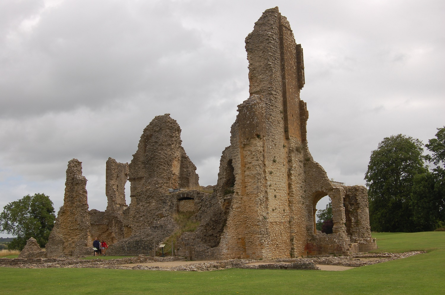 Great Circle Route, South West England Walks & Gardens, Sherborne Old Castle