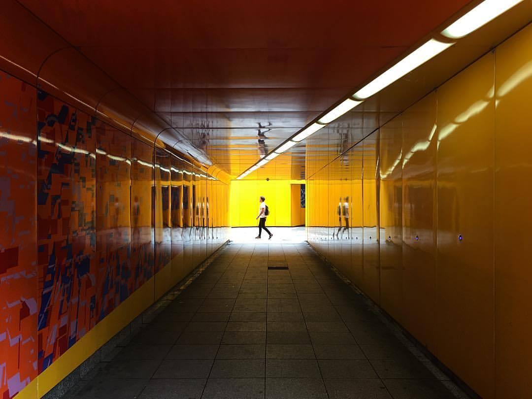 reflection // inversion // translation  •  •  •  •  •  #seemycity #stayandwander #myfeatureshoot #mocorocreative #createexplore #cntraveler #thecreatorclass #myfeatureshoot #mkexplore #mytinyatlas #artofvisuals #aov #global_hotshotz #folkgood #beautifuldestinations #passionpassport #exploretocreate #visualsoflife #visualsofearth #thecoolmagazine #illgrammers #ilovelondon #londonist #shotoniphone #thisinstagramlife #ig_uk #ig_london #littlevenice (at Little Venice Paddington)