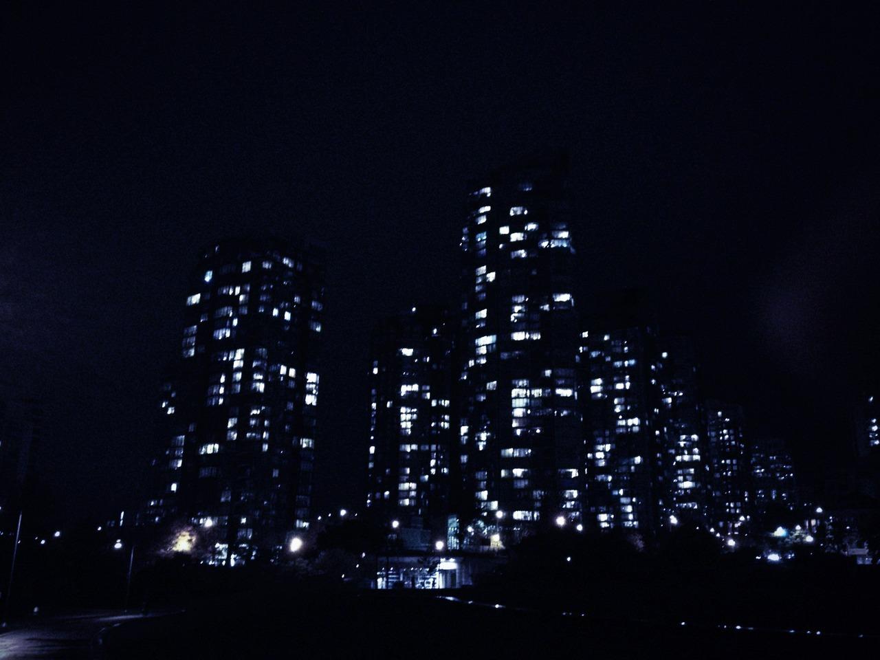 Night swimming. at David Lam Park – View on  Path .