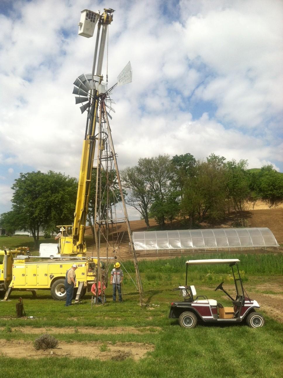 Raising Windmill, hoop bkgnd