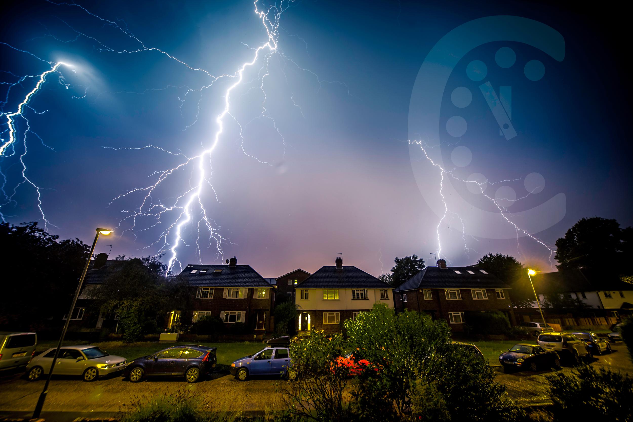 timelapse-lightning.jpg